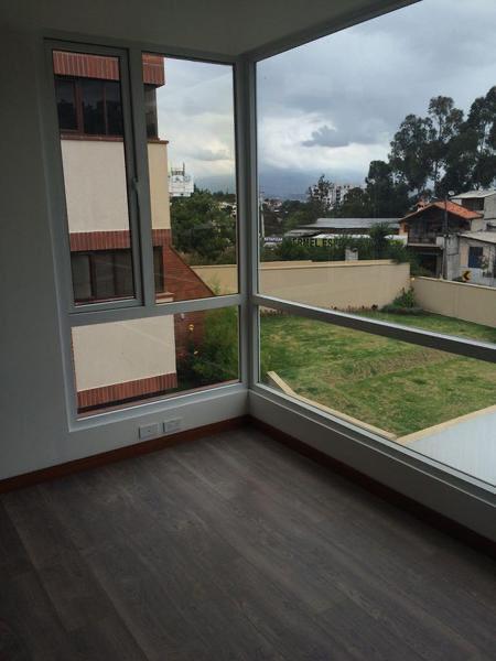 Foto Departamento en Venta en  Cumbayá,  Quito  Miravalle 4