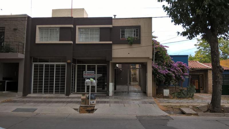 Foto Departamento en Alquiler en  Godoy Cruz,  Godoy Cruz  Godoy Cruz