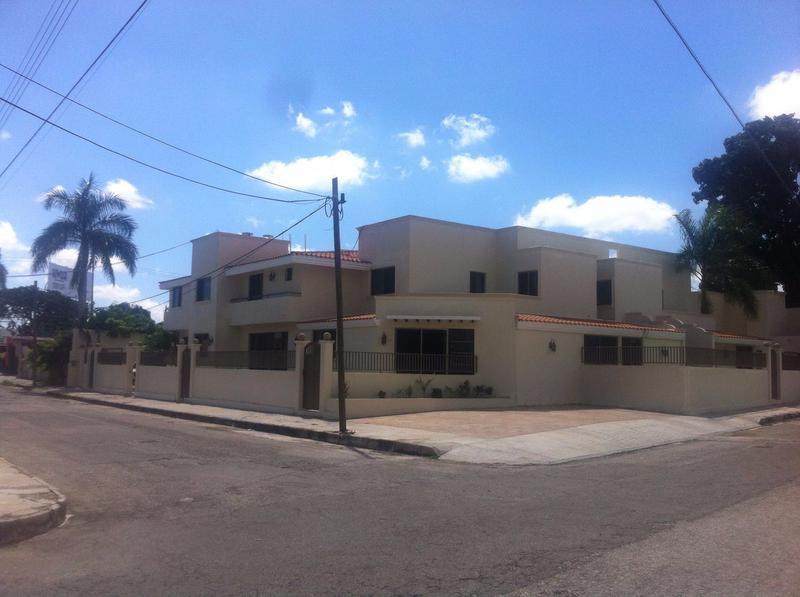 Foto Departamento en Renta en  Fraccionamiento Campestre,  Mérida  Departamento amueblado en renta, Merida, a 1 esquina de Prol. Paseo de Montejo. Último disponible