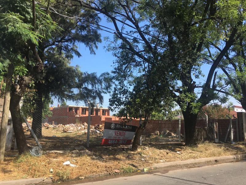 Foto Terreno en Venta en  San Miguel ,  G.B.A. Zona Norte  Pringles 200
