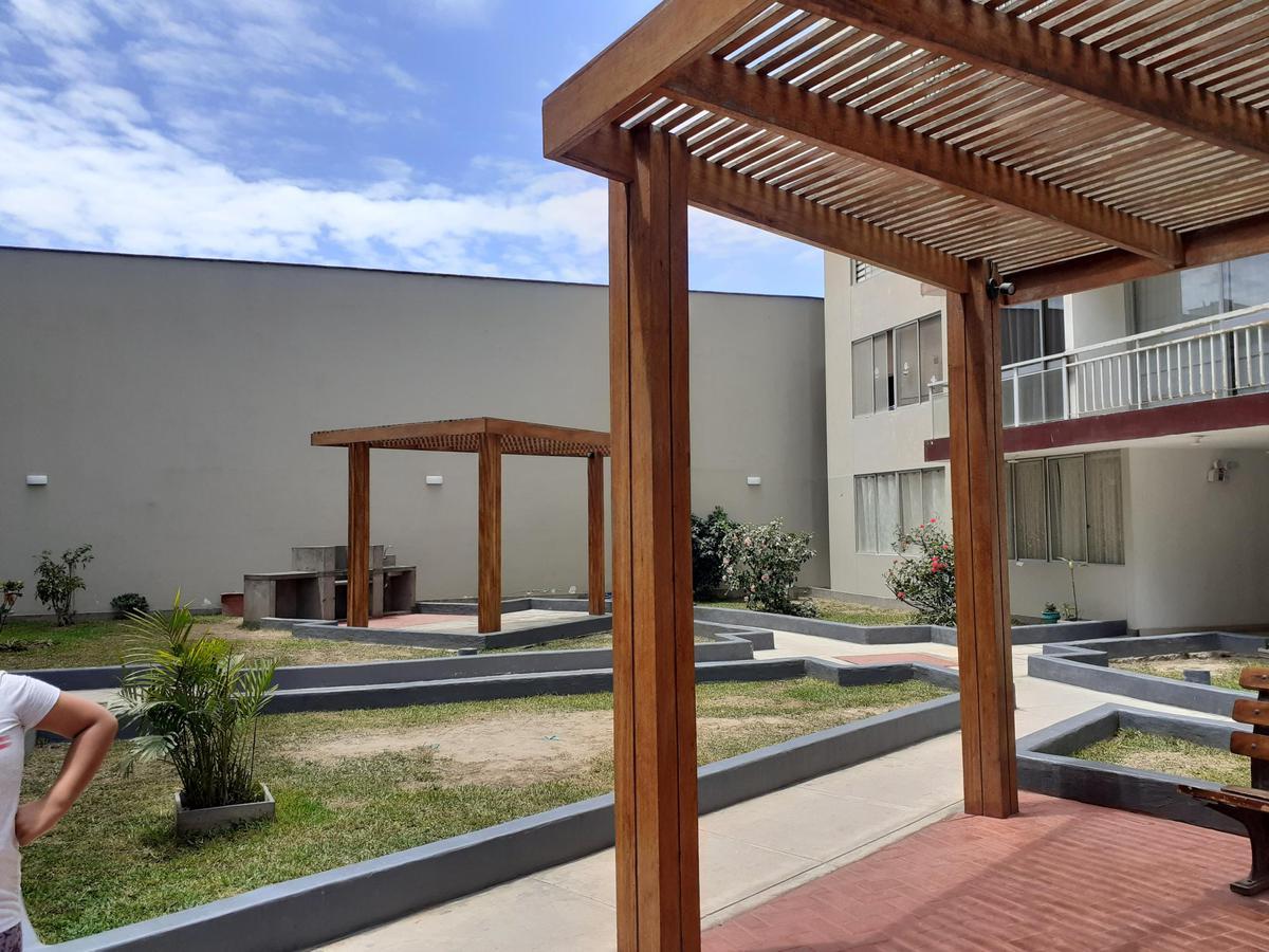 Foto Departamento en Venta en  San Miguel (Lima),  Lima  Jr. Ladislao Espinar frente a parque interno