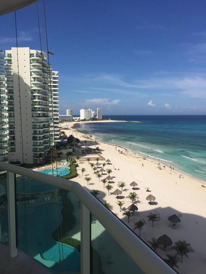 Foto Departamento en Venta en  Zona Hotelera,  Cancún  DEPARTAMENTO VENTA BAY VIEW GRAND CANCUN