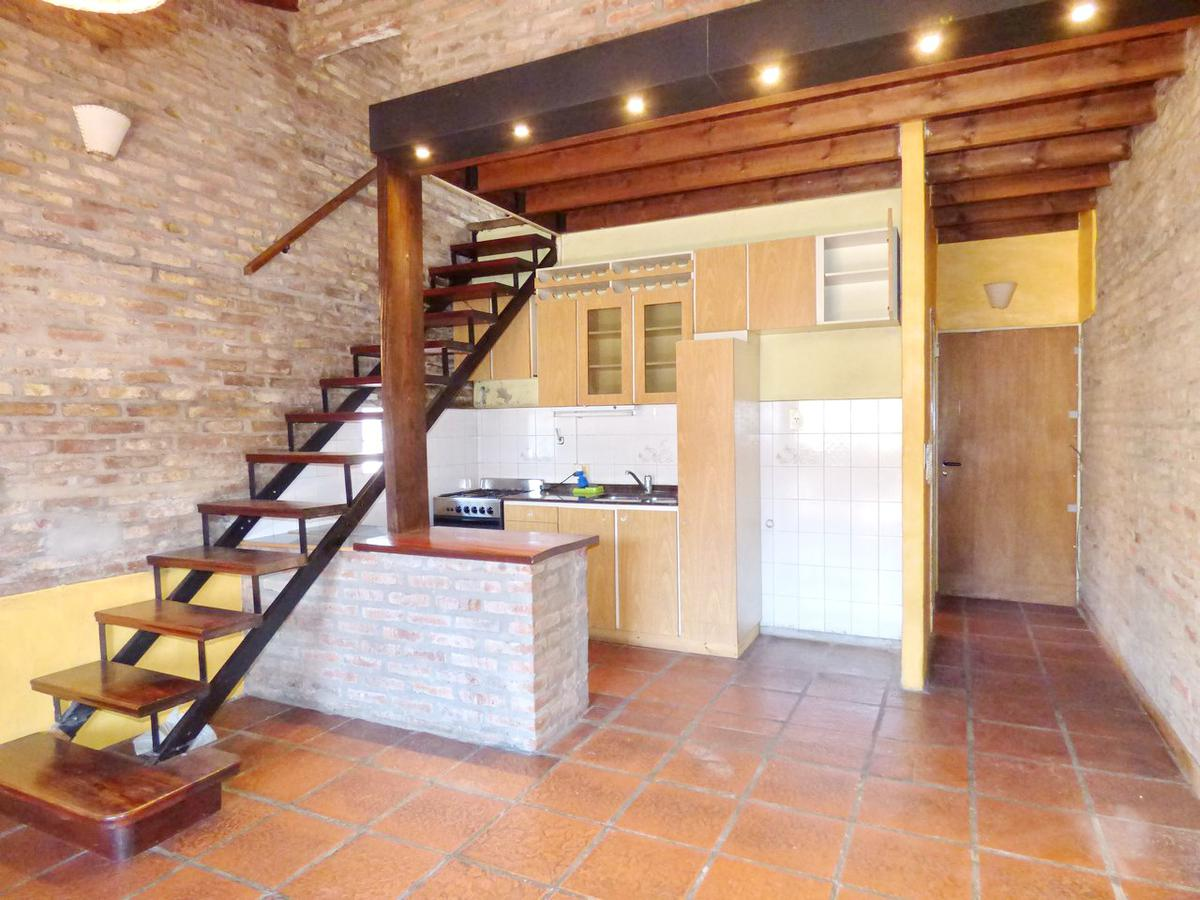 Foto PH en Venta |  en  Saavedra ,  Capital Federal  Pico al 3600