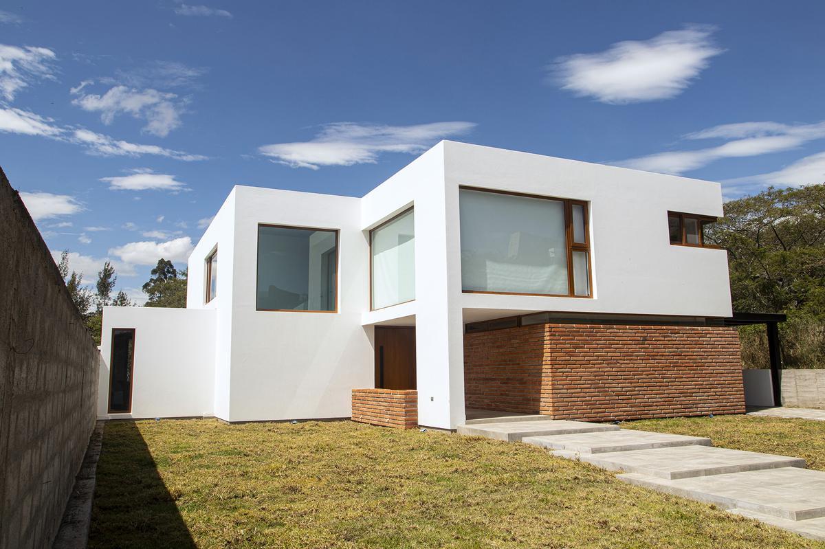 Foto Casa en Venta en  Nayón - Tanda,  Quito  Nayon, Pasaje Timasa