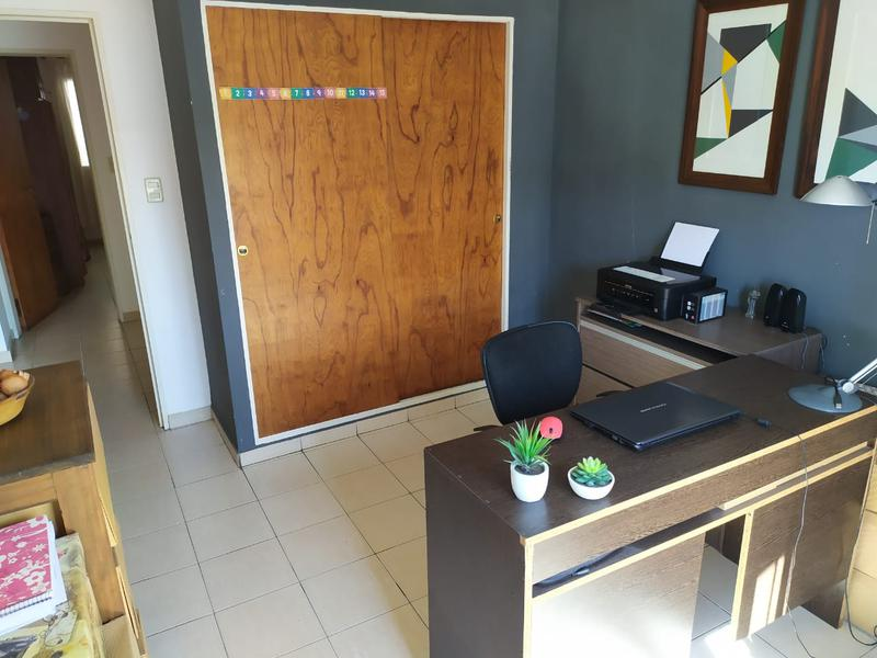 Foto Departamento en Venta en  San Martin,  Cordoba Capital  Departamento en venta en Barrio San Martín. 3 dormitorios. Con balcón.