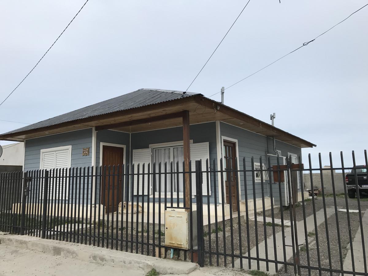 Foto Casa en Venta en  Comodoro Rivadavia,  Escalante  12 de Octubre 1456