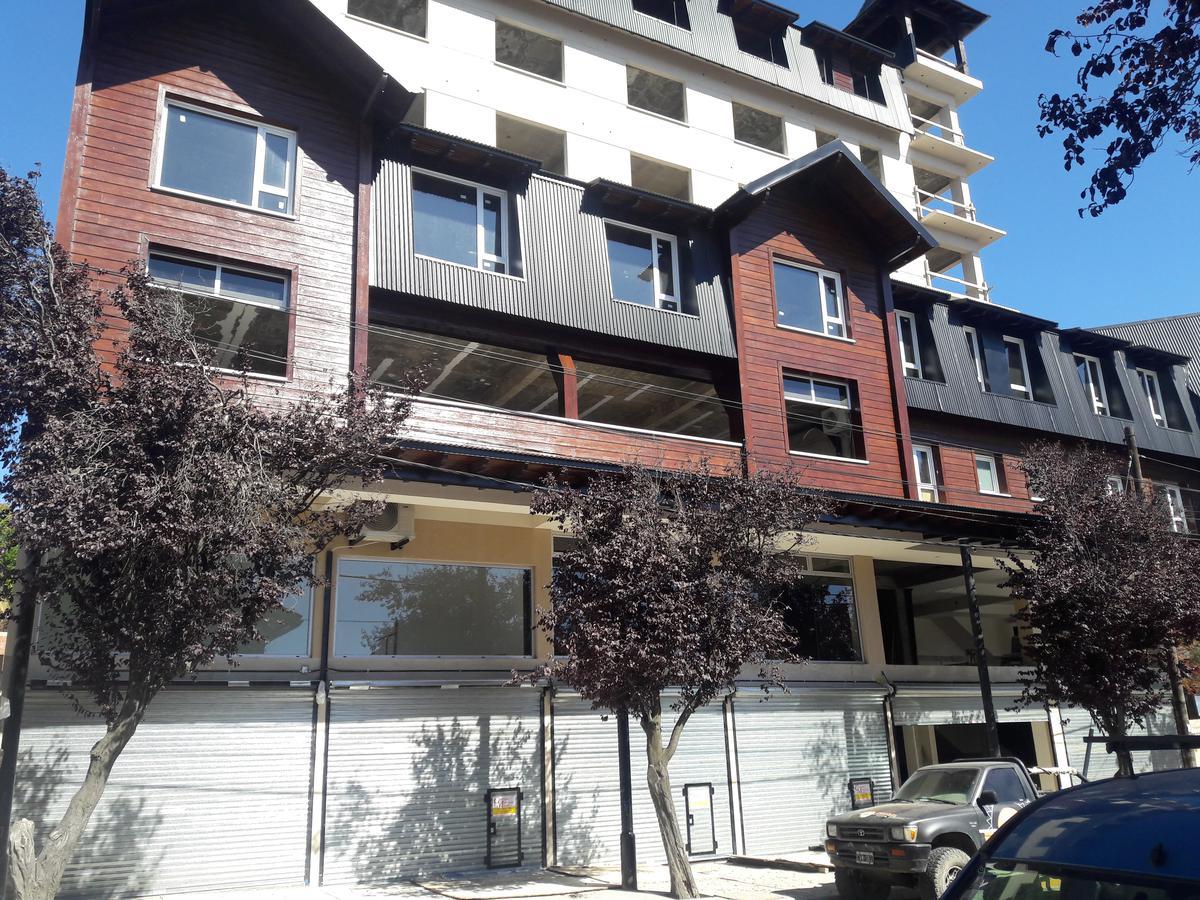 Foto Local en Alquiler en  Centro,  San Carlos De Bariloche  Elflein y Quaglia Local No 3