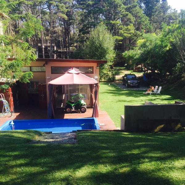 Foto Casa en Alquiler temporario en  Mar Azul,  Villa Gesell  Casa Silvana