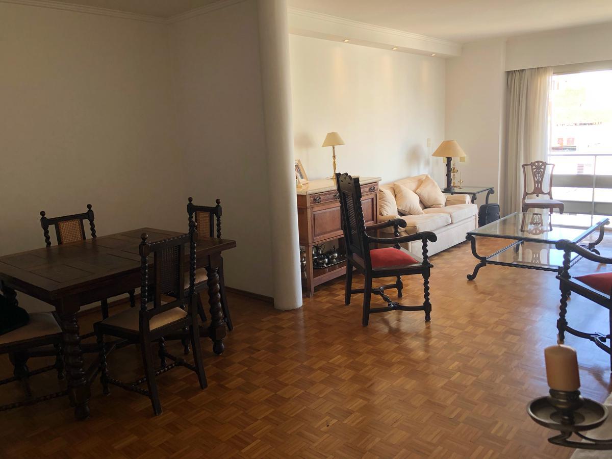 Foto Apartamento en Venta en  Pocitos ,  Montevideo  Bv. España al 2700