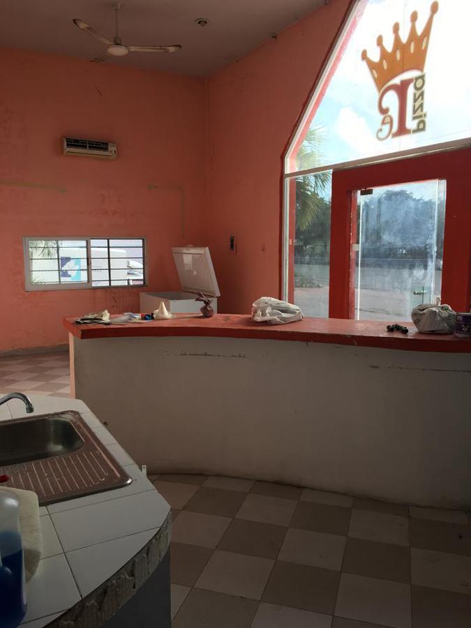 Foto Edificio Comercial en Renta en  Solidaridad ,  Quintana Roo  Bodega Carretera Federal en Renta