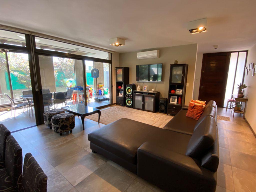 Foto Casa en Venta en  Los Aromas,  Valle Escondido  Valle Escondido - Los Aromas - 2 dorm en una planta - Posibilidad de construir segundo piso