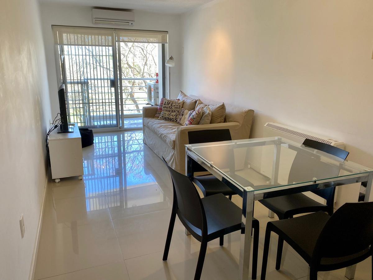 Foto Apartamento en Venta en  Puerto Buceo ,  Montevideo  Nicolás Piaggio y Grau