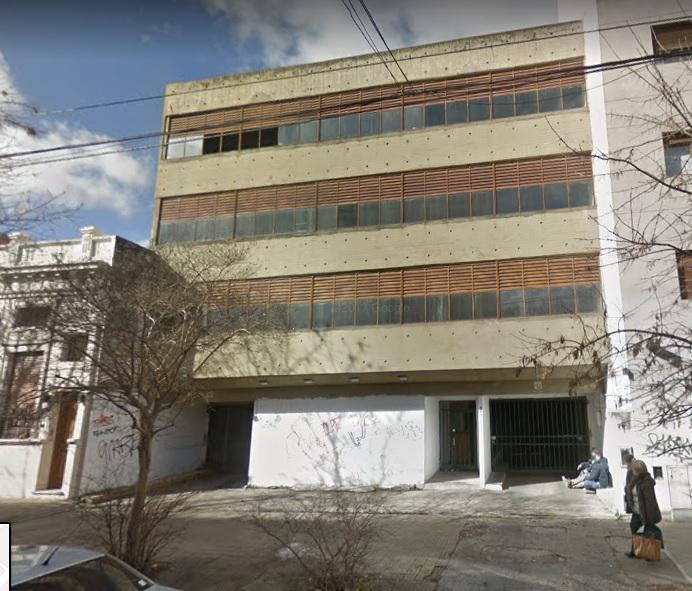 Foto Cochera en Alquiler en  La Plata ,  G.B.A. Zona Sur  42 entre 6 y 7