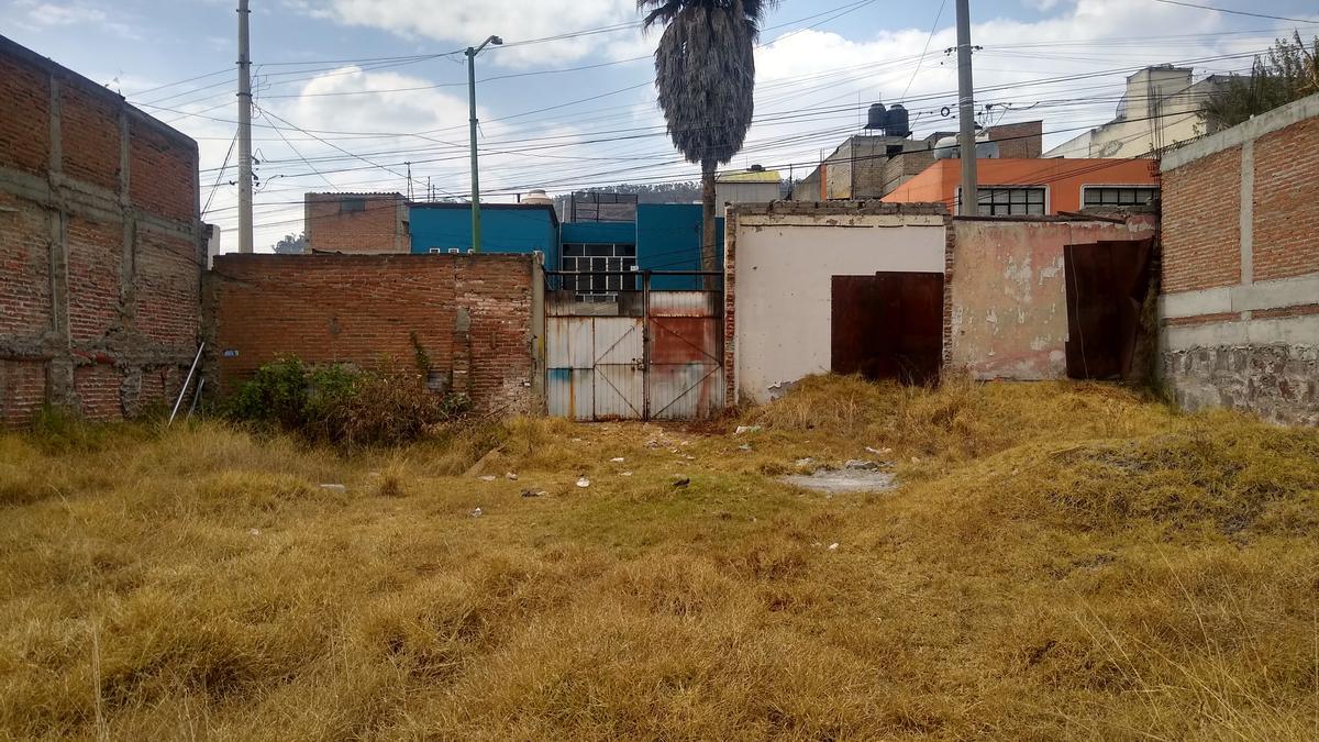 Foto Terreno en Venta en  La Retama,  Toluca  Venta de Terreno Uso Habitacional y Comercial en Quintana Roo, Toluca Centro, Escriturado, H200