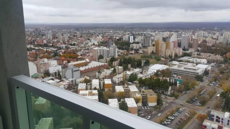 Foto Departamento en Alquiler en  Área Centro Este ,  Capital  Av Argentina al 1200