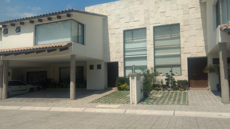 Foto Casa en condominio en Venta en  Calimaya,  Calimaya  Casas en Venta en el Estado de México