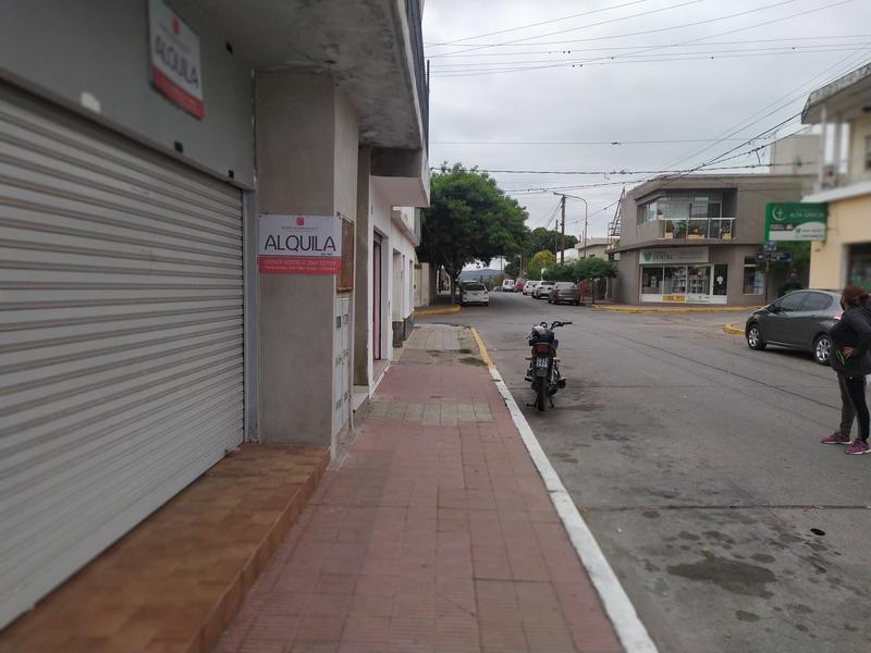 Foto Local en Alquiler en  Alta Gracia,  Santa Maria  Local + Oficina Sobre calle SAN MARTIN - Centro