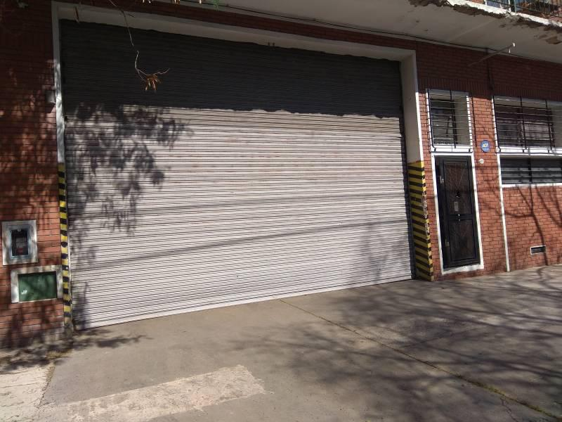 Foto Galpón en Venta en  Urquiza R,  V.Urquiza  Le Breton al 4100