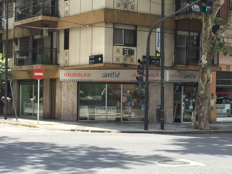 Foto Local en Venta en  Balvanera ,  Capital Federal  Av. Belgrano al 2600