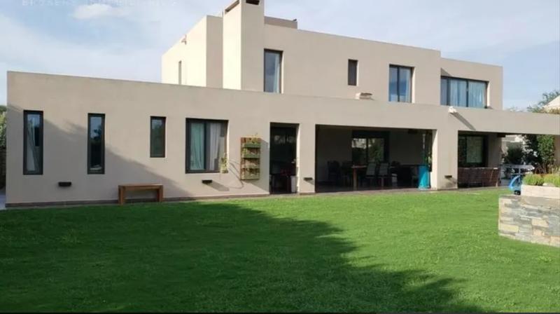Foto Casa en Venta en  Villa Allende,  Cordoba Capital  Country  San Isidro, Villa Allende