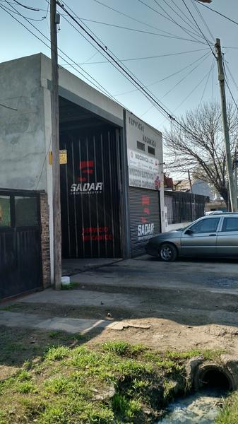Foto Local en Alquiler |  en  Noroeste,  Rosario  Genova al 7600