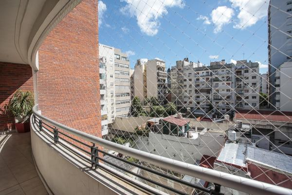 Foto Departamento en Venta en  Caballito ,  Capital Federal  Valle al 1100