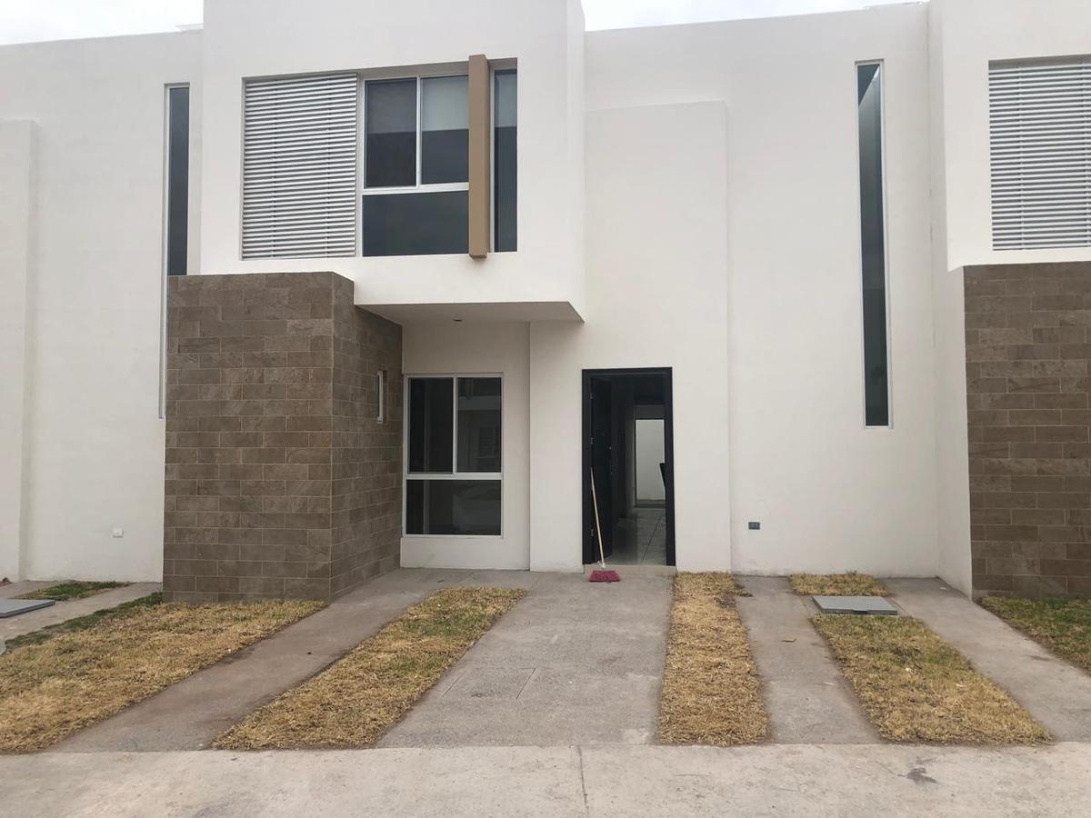 Foto Casa en Renta en  Villa de Pozos,  San Luis Potosí  residencial la cantera