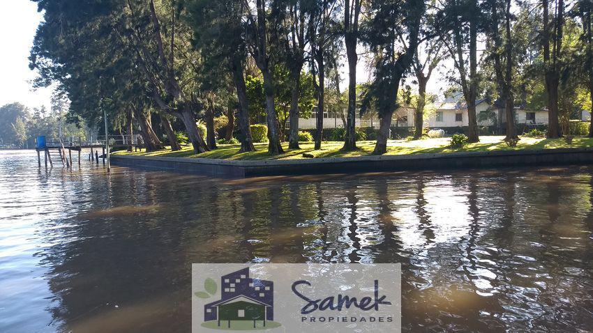 Foto Casa en Venta en  San Antonio,  Zona Delta Tigre  Río San Antonio y Sarmiento Muelle Cadaques