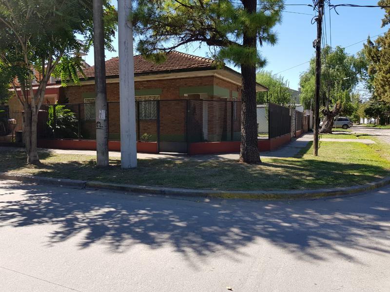 Foto Casa en Venta en  Barrio Parque Leloir,  Ituzaingo  Los Paraisos al 300