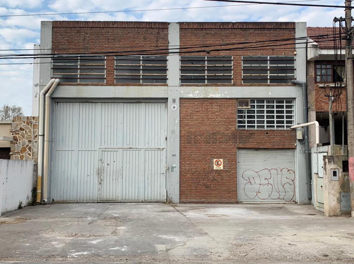 Foto Depósito en Alquiler en  Rosario ,  Santa Fe  Avenida del Rosario al 700