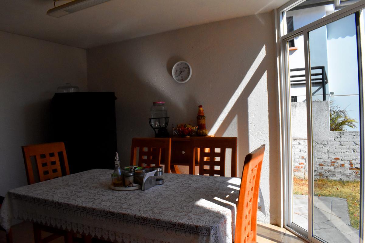 Foto Casa en Venta en  Camino Real a Cholula,  Puebla  CASA EN VENTA CAMINO REAL Y ZAVALETA 3 RECAMARAS/ 280m DE TERRENO