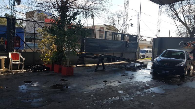 Foto Galpon en Alquiler en  Moron ,  G.B.A. Zona Oeste  Bernardo de Irigoyen al 700
