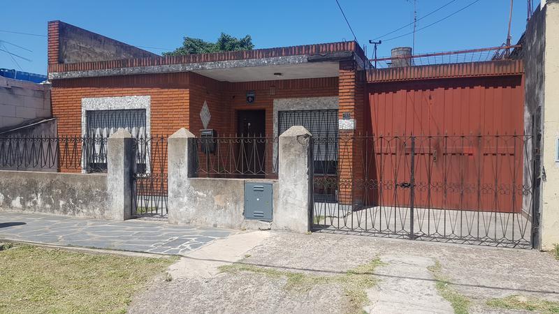 Foto Casa en Venta en  Villa Luzuriaga,  La Matanza  La Porteña al 100