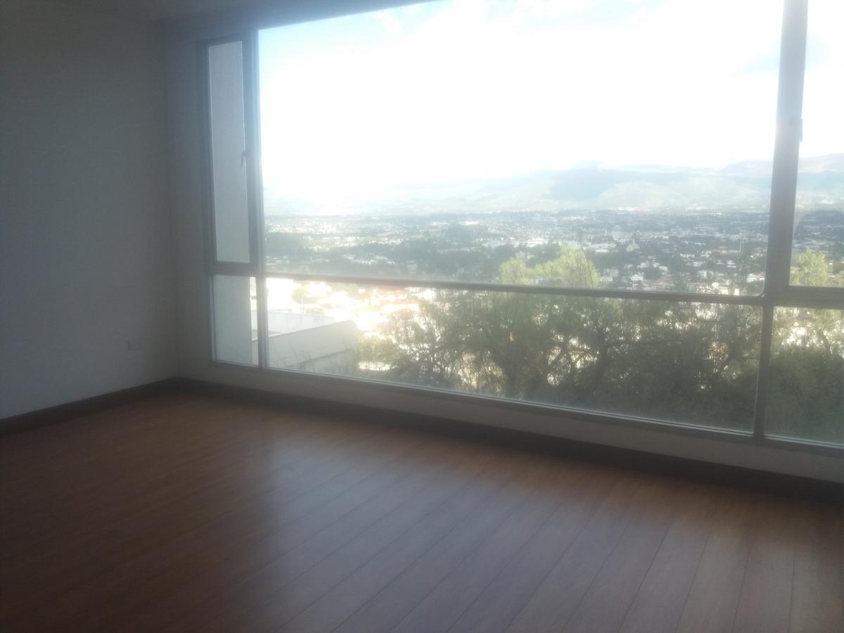 Foto Departamento en Alquiler en  Cumbayá,  Quito  Cumbaya-La Primavera-departamento 2 dormitorios-patio-vista
