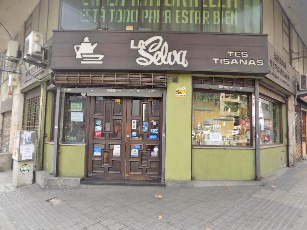 Foto Local en Alquiler en  Centro (Montevideo),  Montevideo  Mercedes y Convención