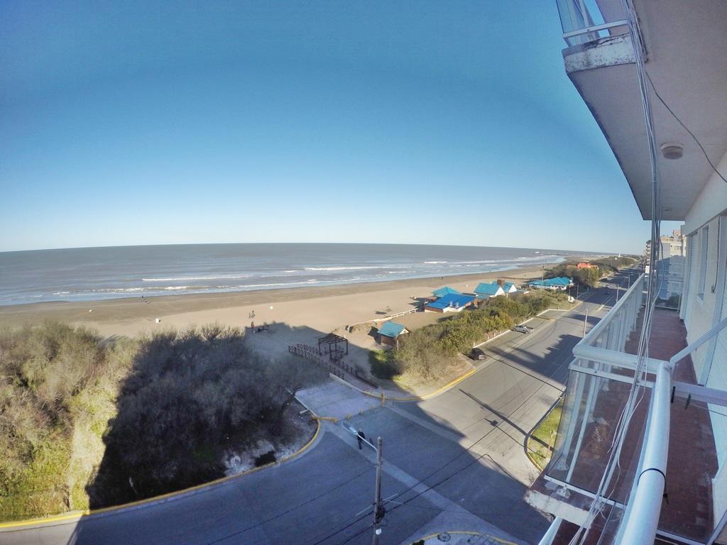 Foto Departamento en Venta en  San Bernardo Del Tuyu ,  Costa Atlantica  Monoambiente con balcon y vista a la playa !!!