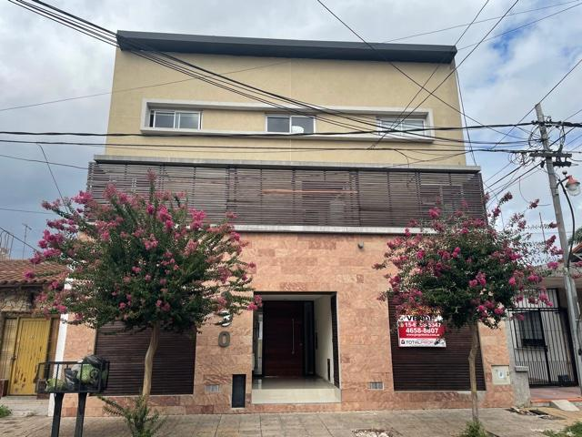 Foto Departamento en Venta en  Ramos Mejia Sur,  Ramos Mejia  Lamadrid al 300