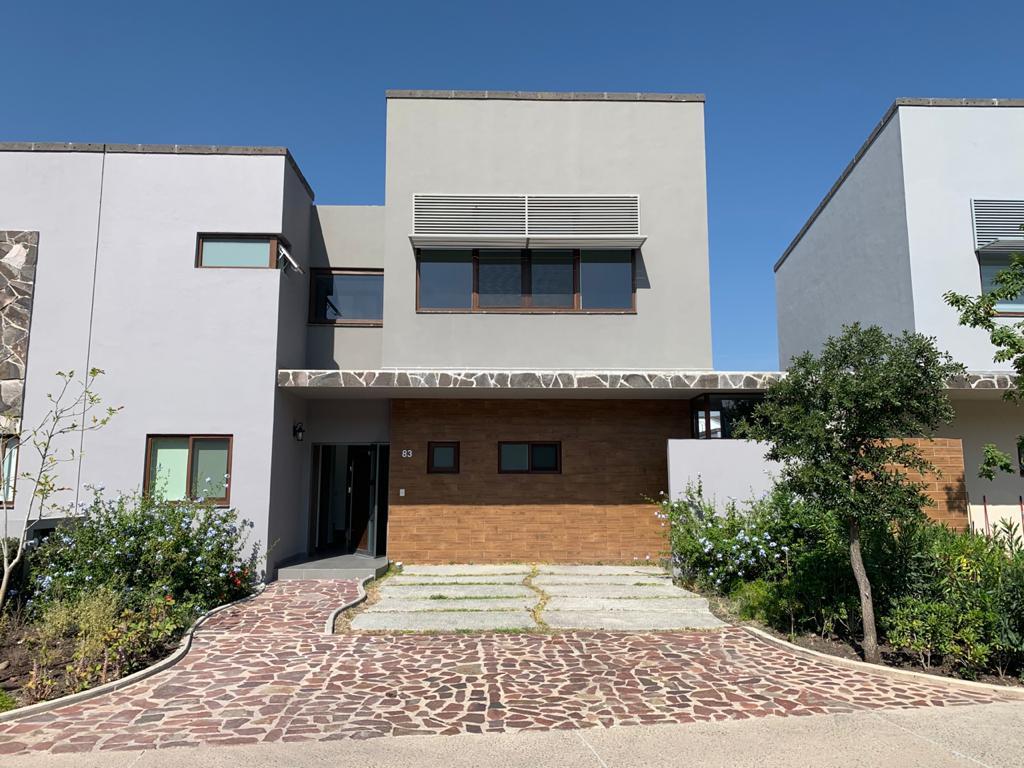 Foto Casa en Renta en  Altozano el Nuevo Queretaro,  Querétaro  RENTA CASA NUEVA FRACC. ALTOZANO QRO. MEX.