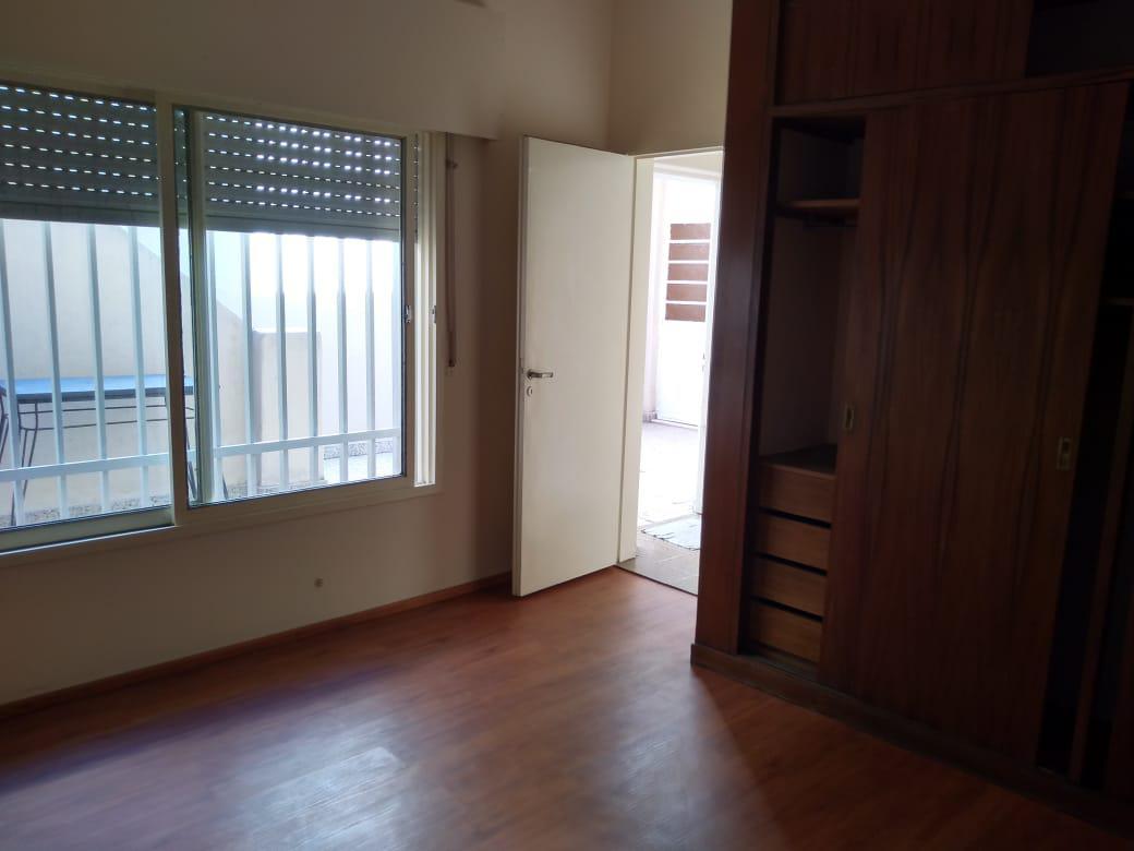 Foto Casa en Venta en  Sur,  Rosario  1ero de mayo al 2900
