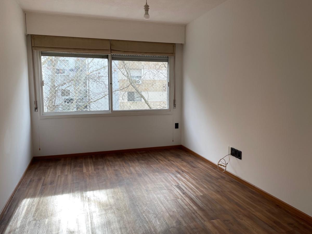 Foto Apartamento en Venta en  Pocitos ,  Montevideo  2 dormitorios. Muy lindo.