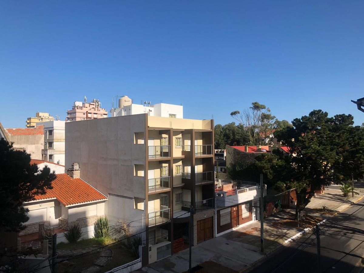 Foto Departamento en Alquiler en  San Bernardo Del Tuyu ,  Costa Atlantica  J.V Gonzalez 123, 3° B