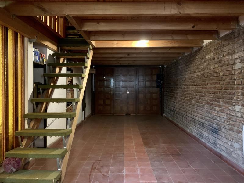 Foto Casa en Venta en  Jardin,  Cordoba Capital  Casa de 3 dormitorios en venta en Barrio Jardín Espinosa. Con escritura. Apto crédito.