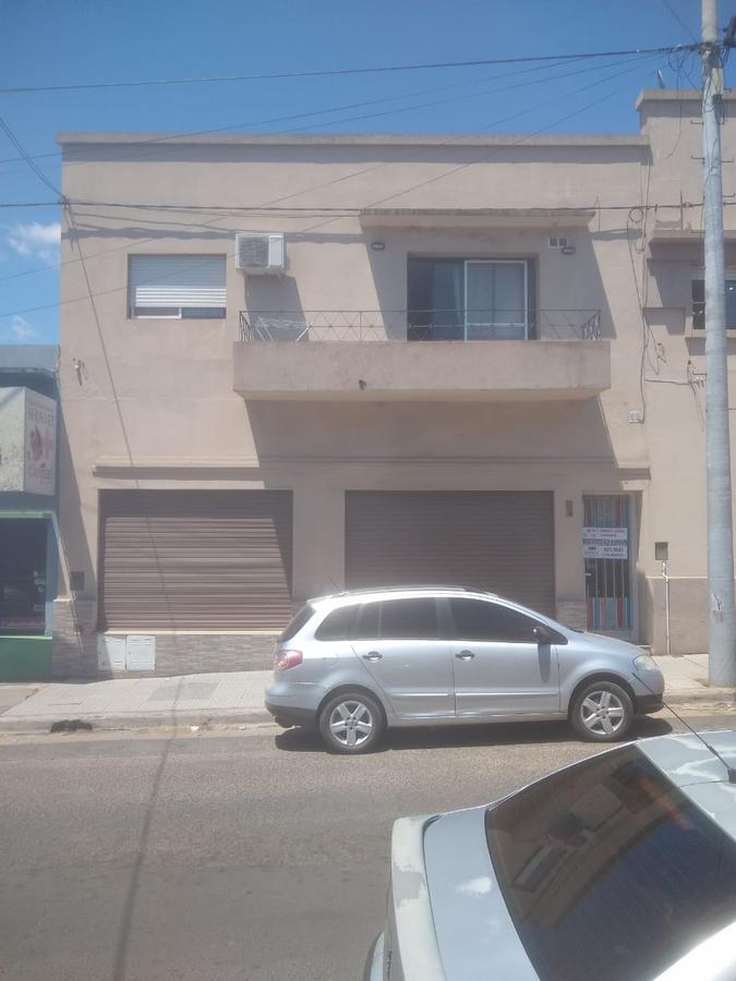 Foto Local en Alquiler en  Concordia,  Concordia  Velez Sarsfield