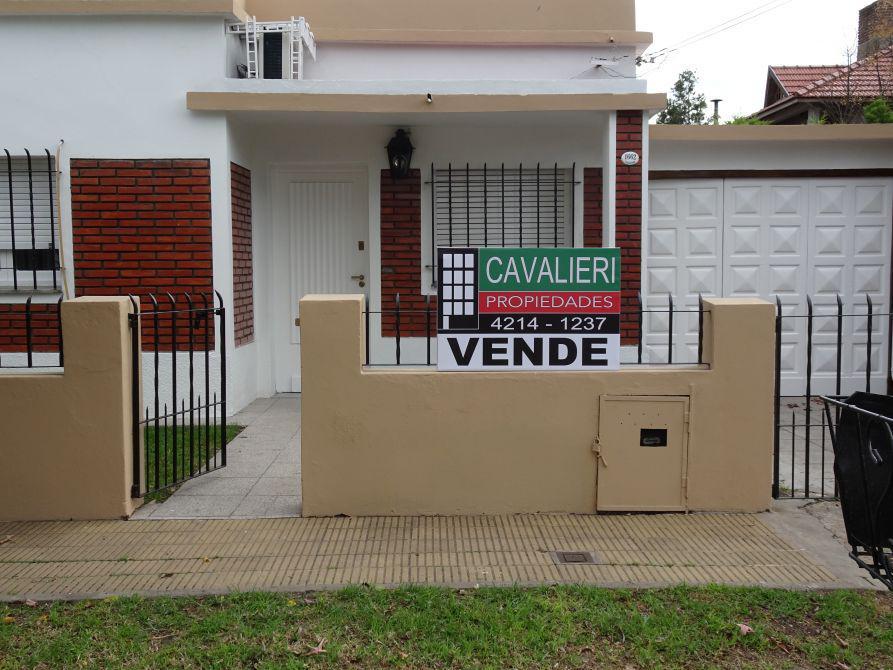 Foto Casa en Venta en  Rafael Calzada,  Almirante Brown  Rafael Calzada