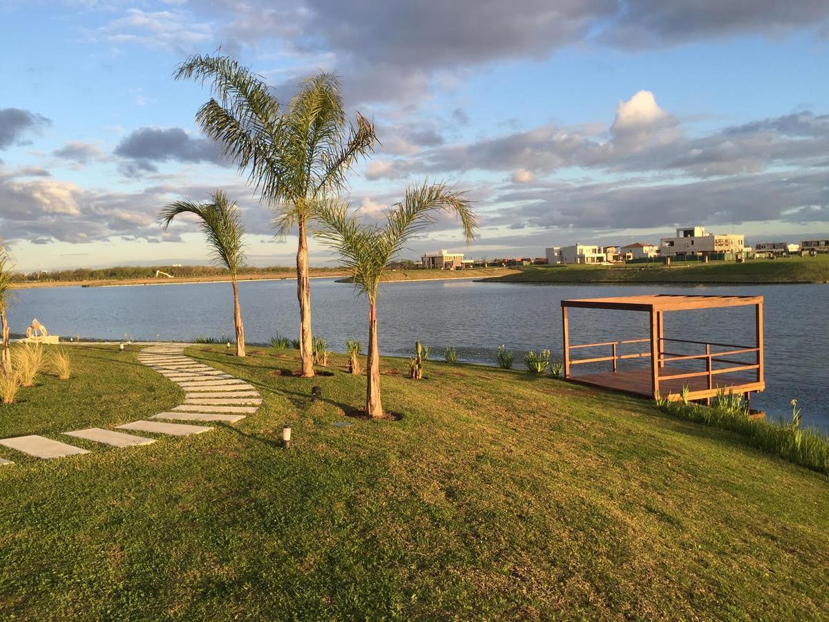 Foto Departamento en Venta en  Enyoi,  Islas del Golf  Islas del Golf Enyoi Las Orquideas 125