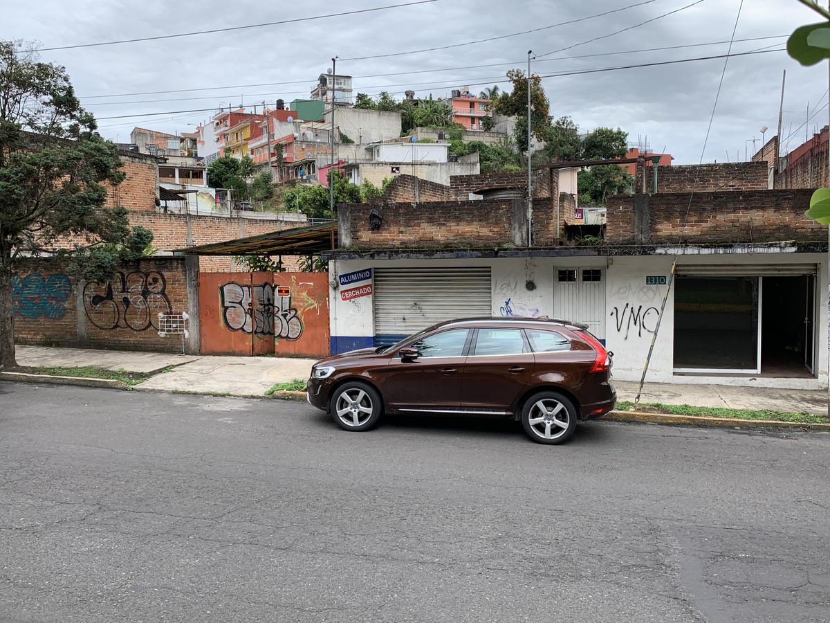 Foto Local en Renta en  Tamborrel,  Xalapa  Terreno en RENTA en xalapa, Av. Ruiz Cortinez, al 200
