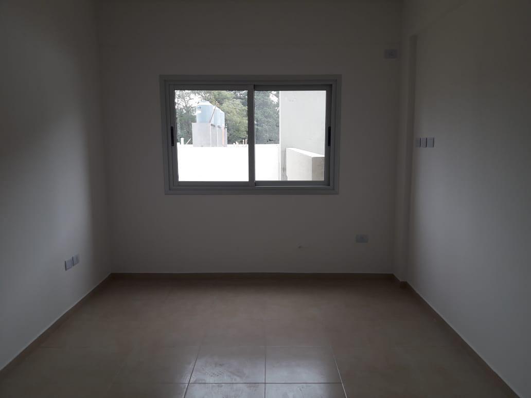 Foto Departamento en Alquiler en  Villa Gobernador Udaondo,  Ituzaingo  Repetto al 900
