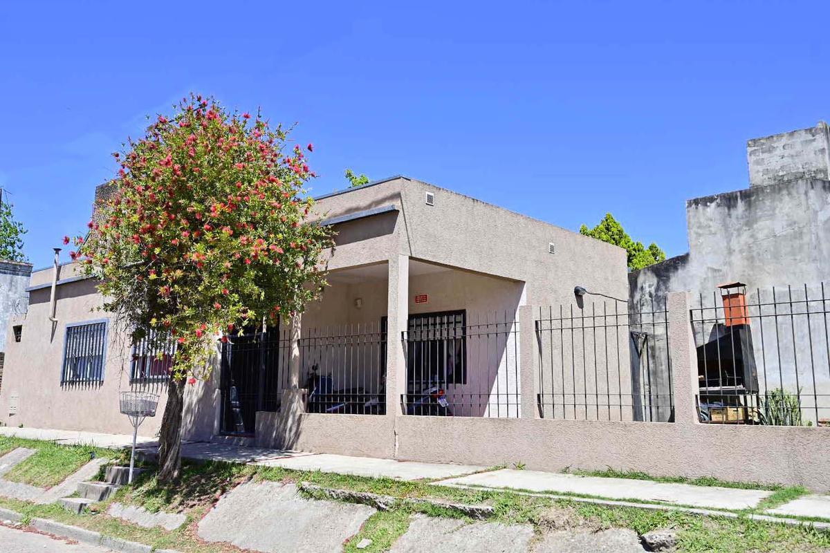 Foto Casa en Venta en  Gualeguaychu,  Gualeguaychu  Jujuy y Schachtel