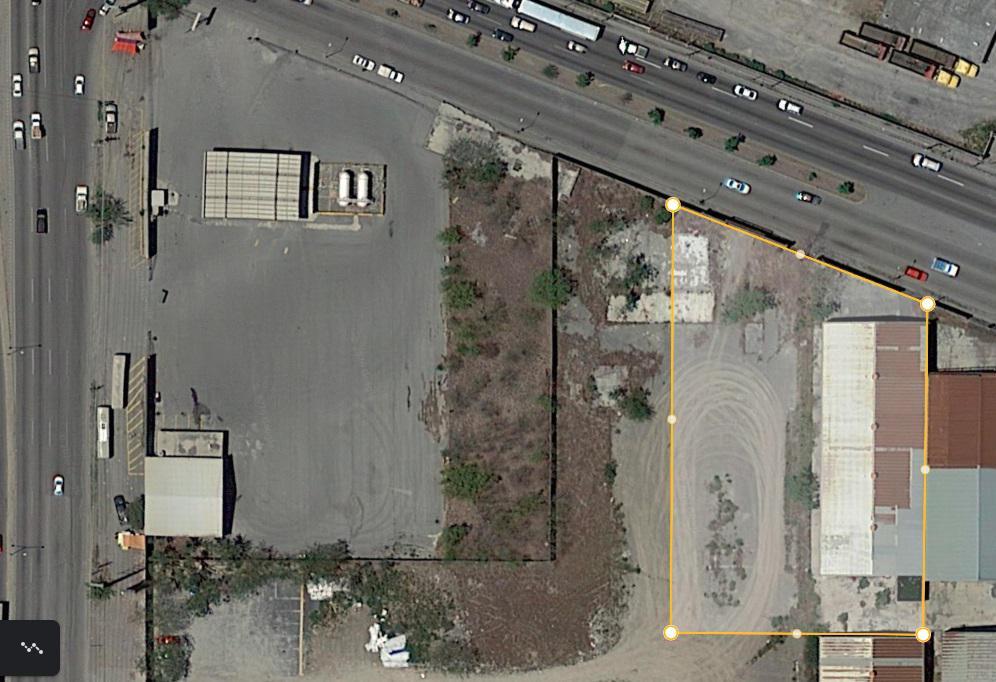 Foto Nave Industrial en Renta en  Cerro Azul,  Guadalupe    BODEGA y TERRENO 3600M2, Av. Israel Cavazos, Guadalupe