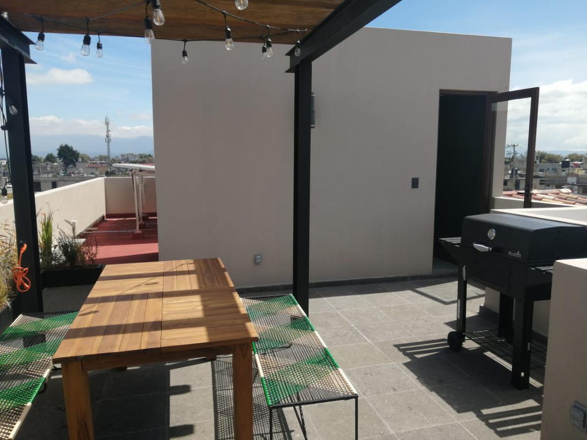 Foto Casa en condominio en Venta en  San Miguel Totocuitlapilco,  Metepec  Venta de Casa  en Condado del Valle Metepec
